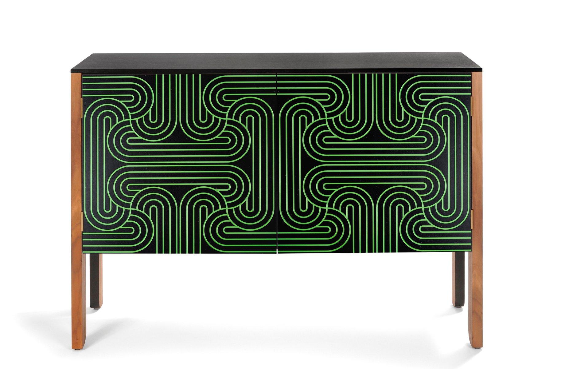 Schrank designklassiker  Loop Schrank (Klein) von Coucou Manou bei Pamono kaufen