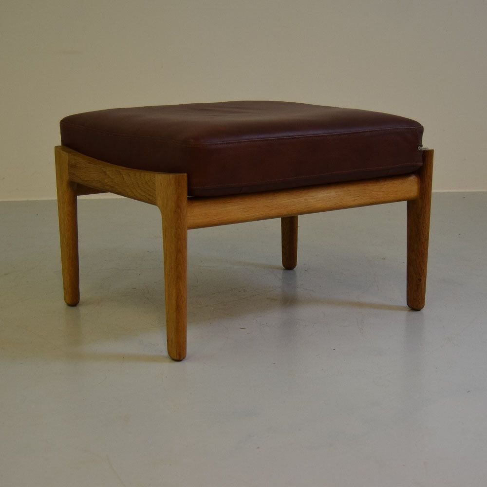 ge 290 stool by hans j wegner for getama 1953 for sale. Black Bedroom Furniture Sets. Home Design Ideas
