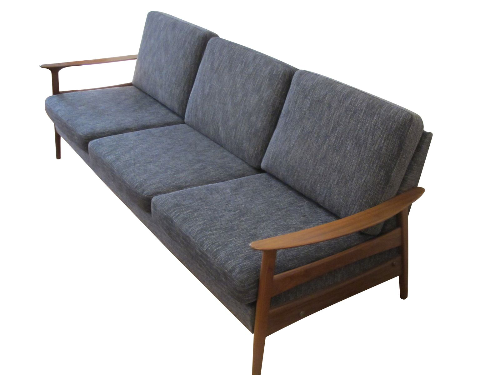 Scandinavian style teak sofa 1960s for sale at pamono for Scandinavian style sofa