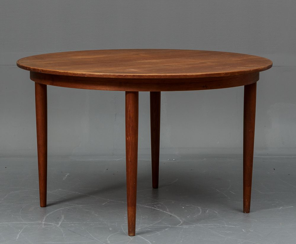 Danish Teak Dining Table with 4 Chairs from Vejle Stole og  : danish teak dining table with 4 chairs from vejle stole og mobelfabrik 1960s 2 from www.pamono.com size 1000 x 824 jpeg 448kB