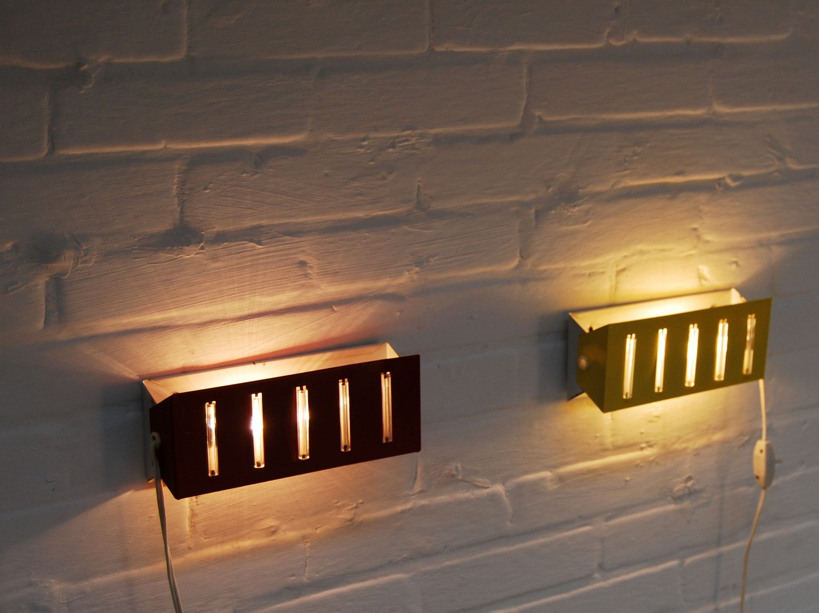 Vintage Bedroom Wall Lamps, Set of 2 for sale at Pamono