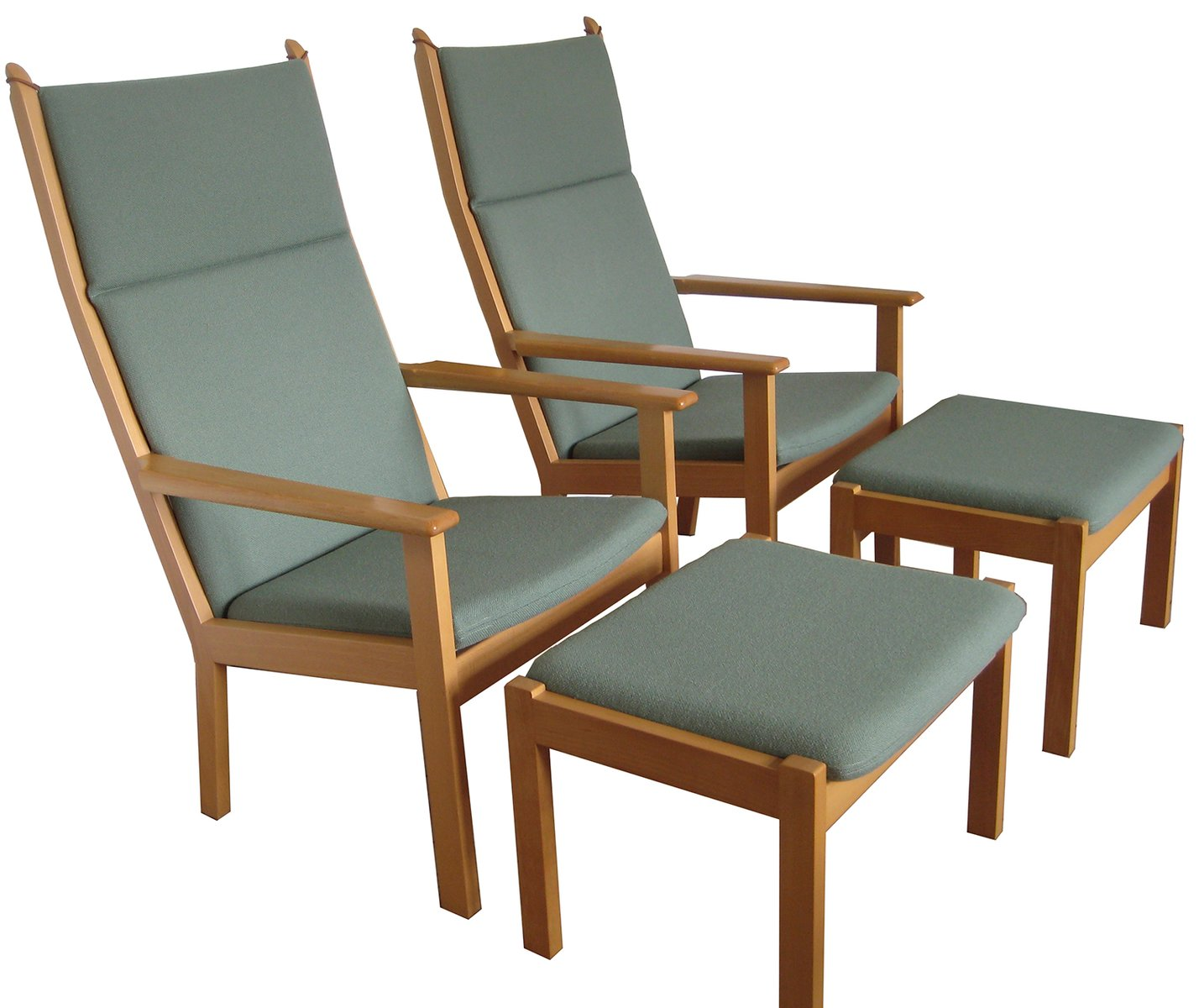 Vintage easy chair with footstool by hans j wegner for for Hans wegner queen chair