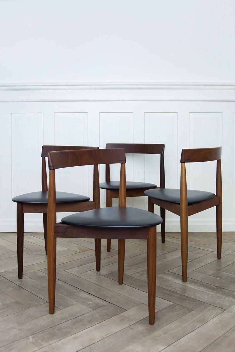 Table de salle manger roulette extensible et quatre for Table de salle manger extensible