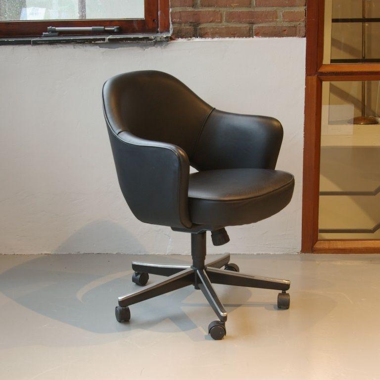 leder executive stuhl von eero saarinen f r knoll bei pamono kaufen. Black Bedroom Furniture Sets. Home Design Ideas