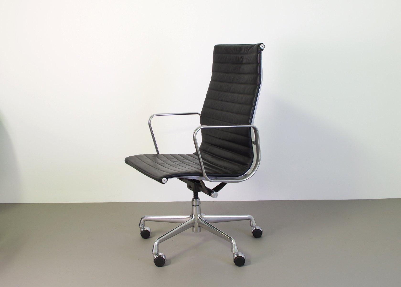 ea119 schreibtischstuhl von eames for herman miller bei. Black Bedroom Furniture Sets. Home Design Ideas