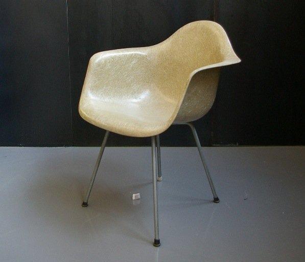 Fiberglass Armchair By Charles U0026 Ray Eames For Zenith Plastics