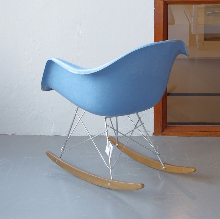 vintage rocking chair by charles and ray eames for vitra for sale at