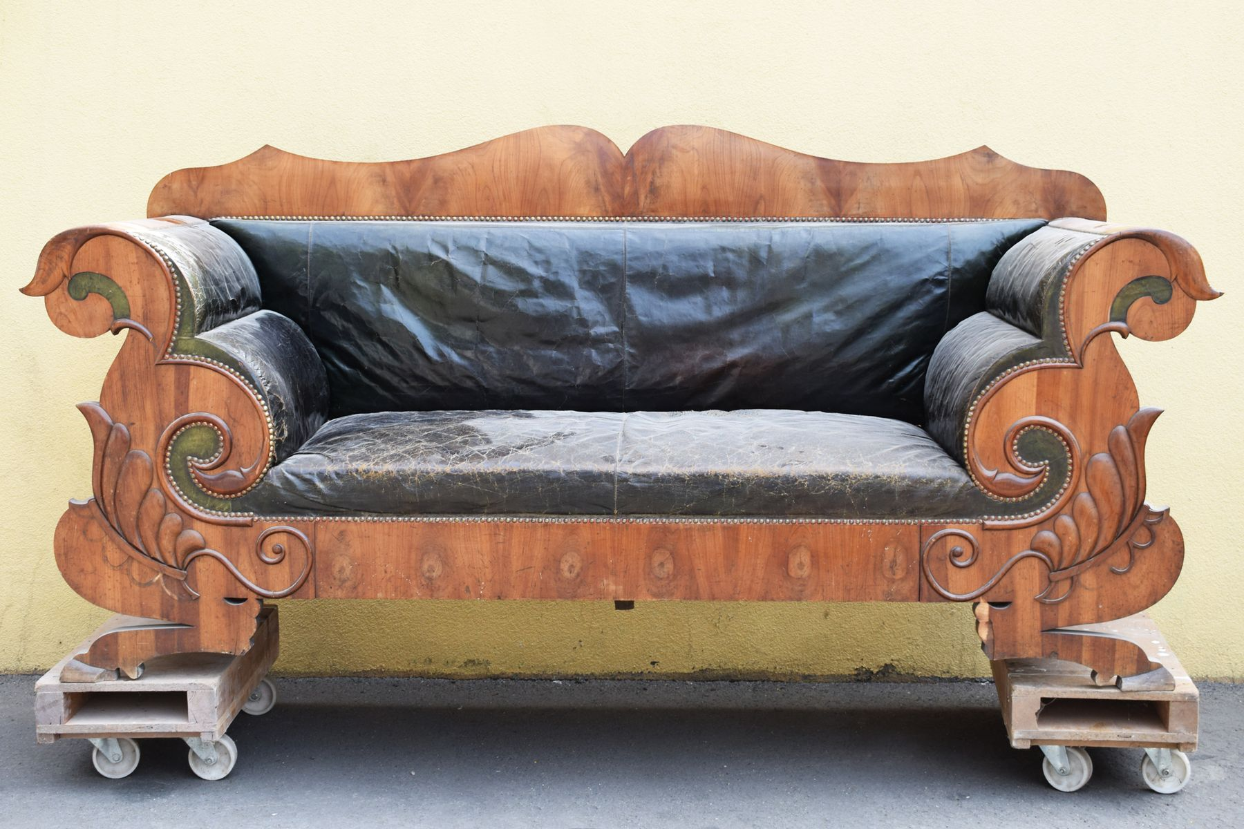 Antique Biedermeier Sofa 1830s for sale at Pamono
