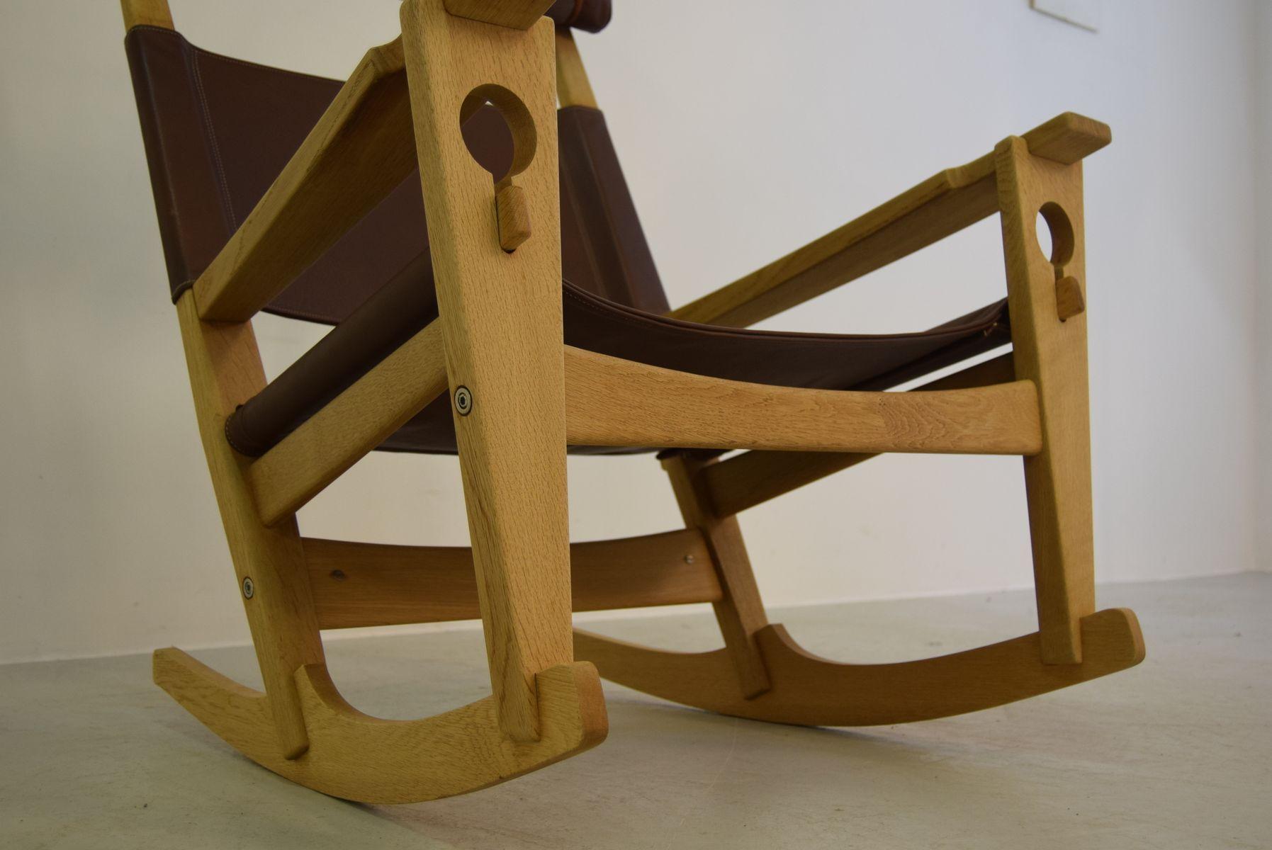 Keyhole Rocking Chair Model Ge 673 By Hans J Wegner For