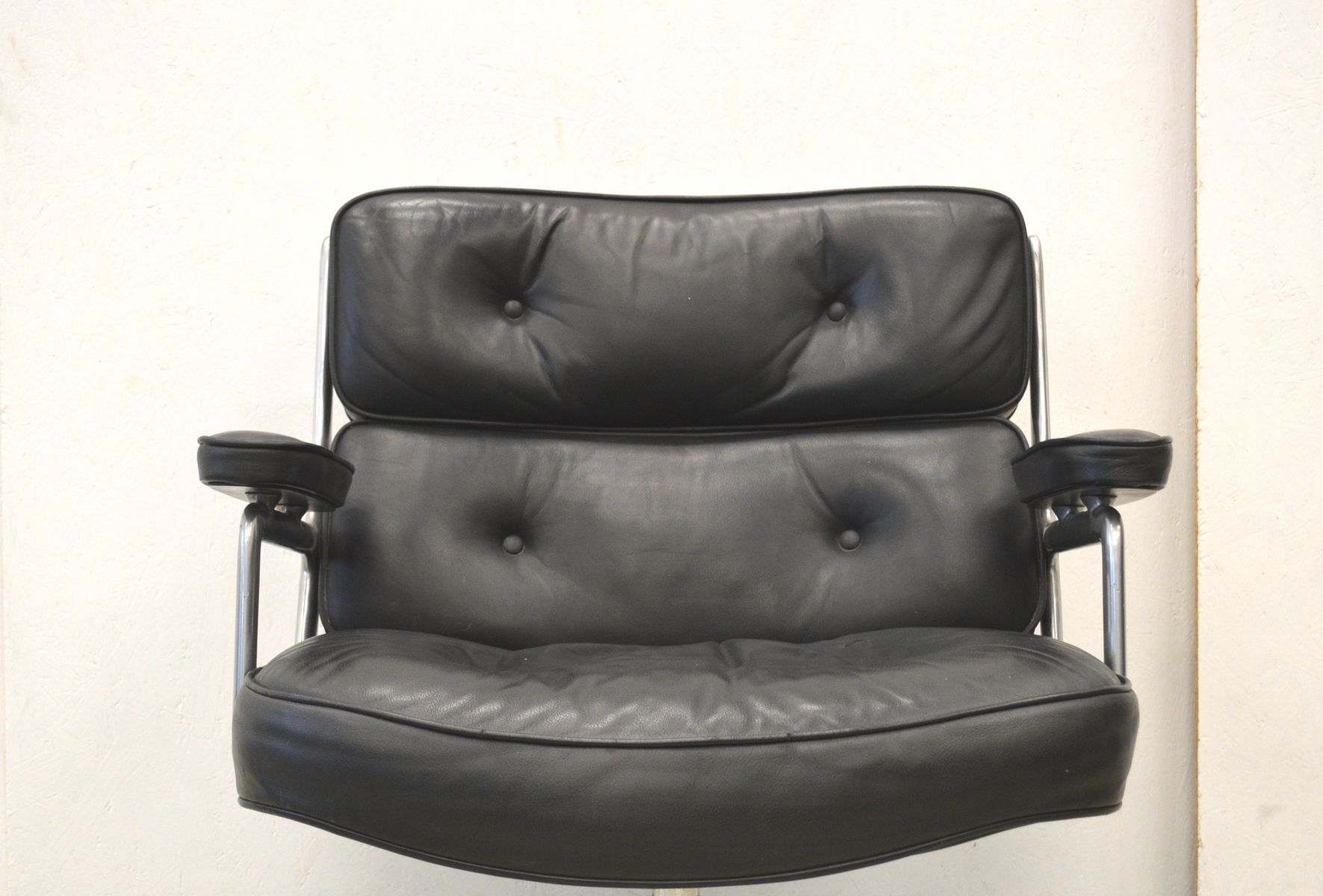amerikanischer modell es105 lobby sessel von charles ray eames f r herman miller 1970er bei. Black Bedroom Furniture Sets. Home Design Ideas