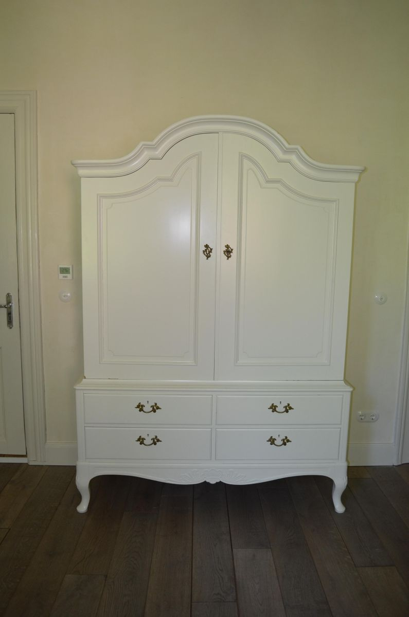 Vintage swedish white cabinet for sale at pamono for White cabinets for sale