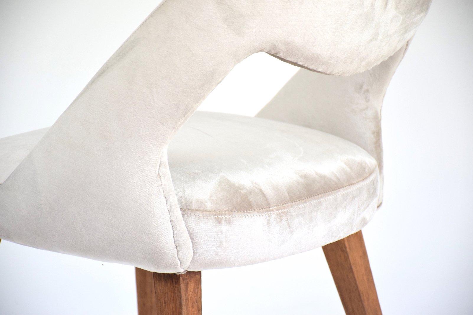 chaise en velours 1970s en vente sur pamono. Black Bedroom Furniture Sets. Home Design Ideas