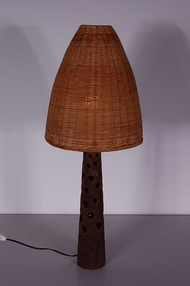 vintage wooden table lamp with wicker shade 1960s for sale at pamono. Black Bedroom Furniture Sets. Home Design Ideas