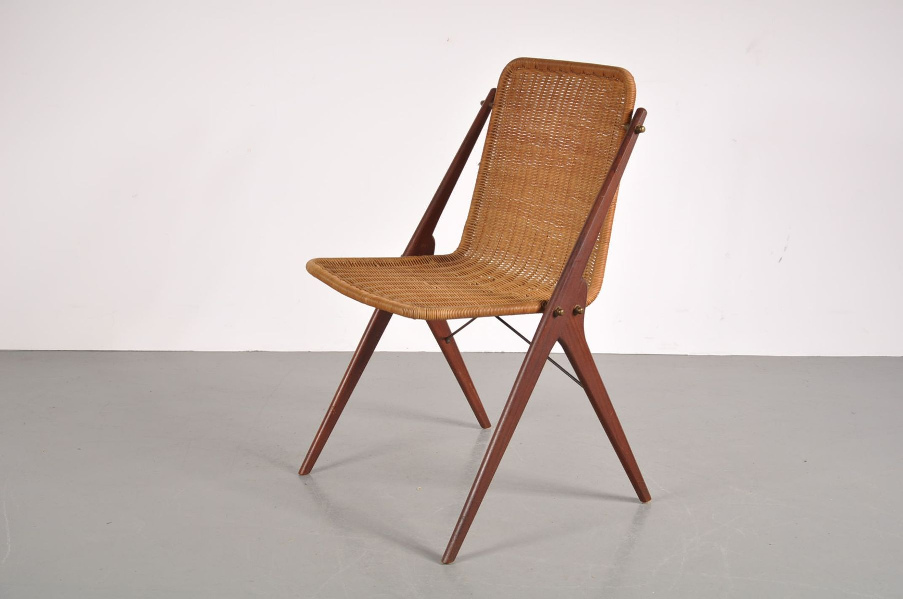 Vintage Teak And Wicker Dining Chairs Set Of 4 For Sale