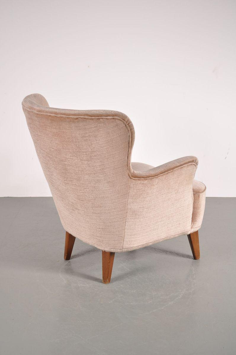 vintage velvet easy chair from artifort for sale at pamono. Black Bedroom Furniture Sets. Home Design Ideas