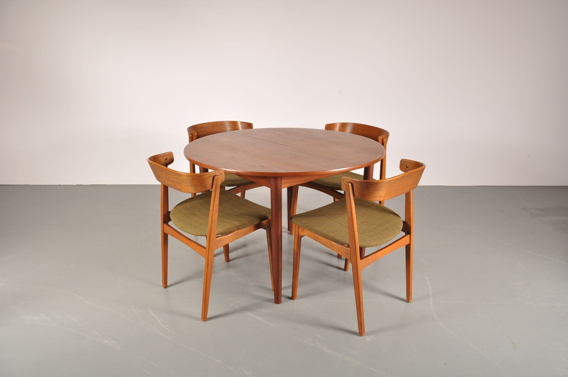 Scandinavian Teak Dining Set By Helge Sibast For Sale At Pamono Teak . Full resolution  image, nominally Width 1807 Height 1200 pixels, image with #AD511E.