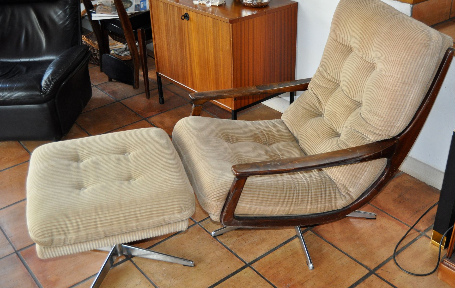 Vintage Armchair And Ottoman 1970s For Sale At Pamono