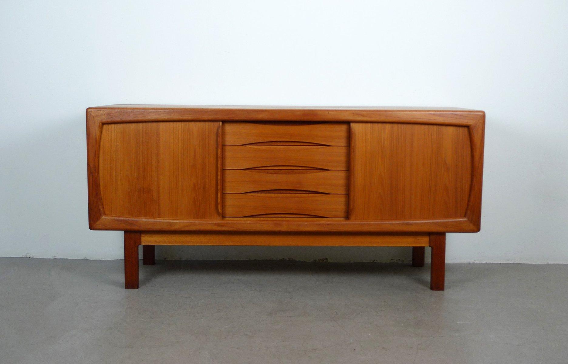 teak sideboard mit schiebet ren und schubladen von dyrlund. Black Bedroom Furniture Sets. Home Design Ideas