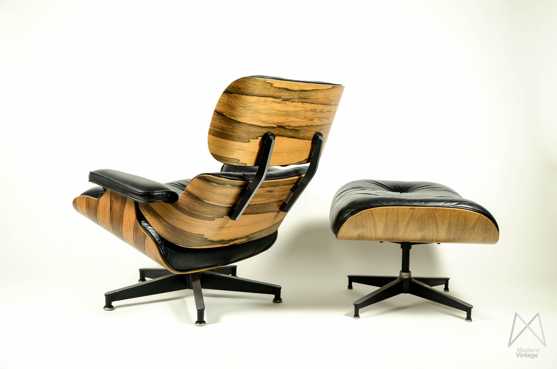 lounge chair ottoman by ray charles eames for herman miller for sale at pamono. Black Bedroom Furniture Sets. Home Design Ideas