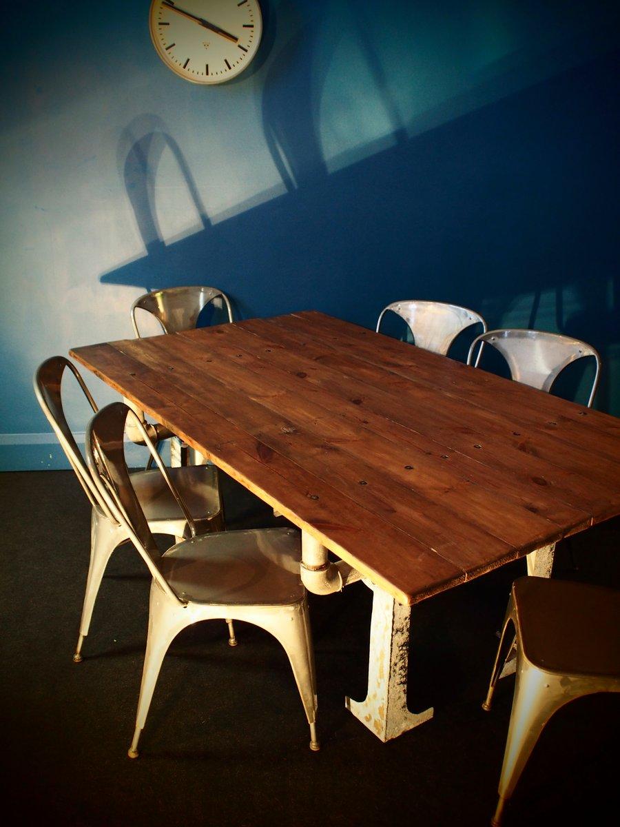 tisch aus verzinktem stahl und holz bei pamono kaufen. Black Bedroom Furniture Sets. Home Design Ideas