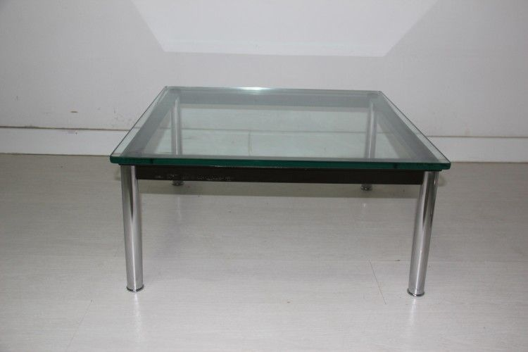 coffee table by le corbusier for cassina 1970s for sale. Black Bedroom Furniture Sets. Home Design Ideas