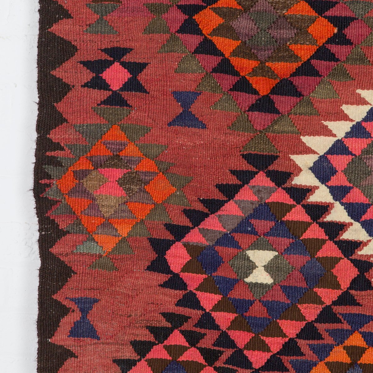 Large vintage kilim rug for sale at pamono for Kilim designs