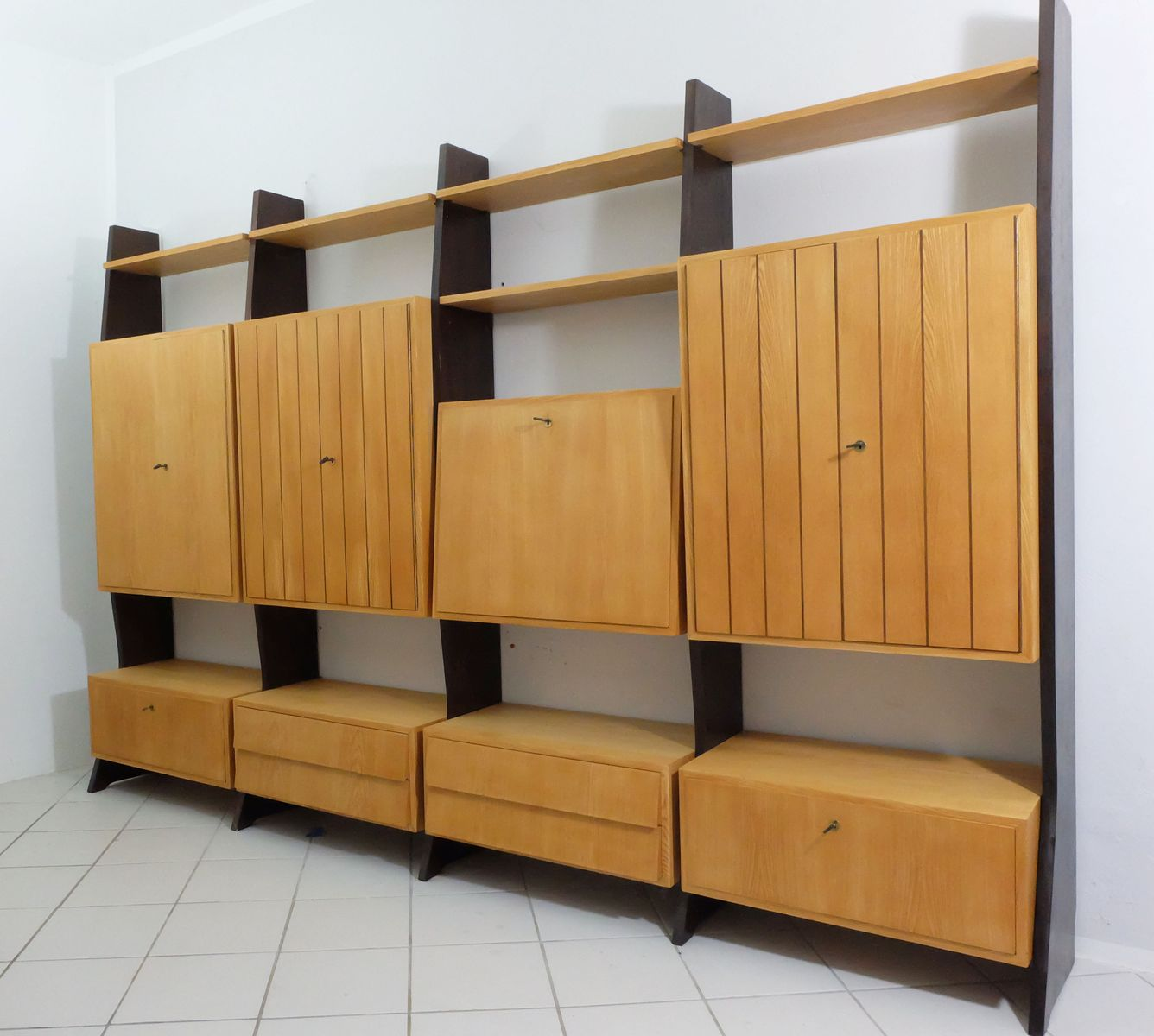 regalwand von erich stratmann f r oldenburger m belwerkst tten 1950er bei pamono kaufen. Black Bedroom Furniture Sets. Home Design Ideas