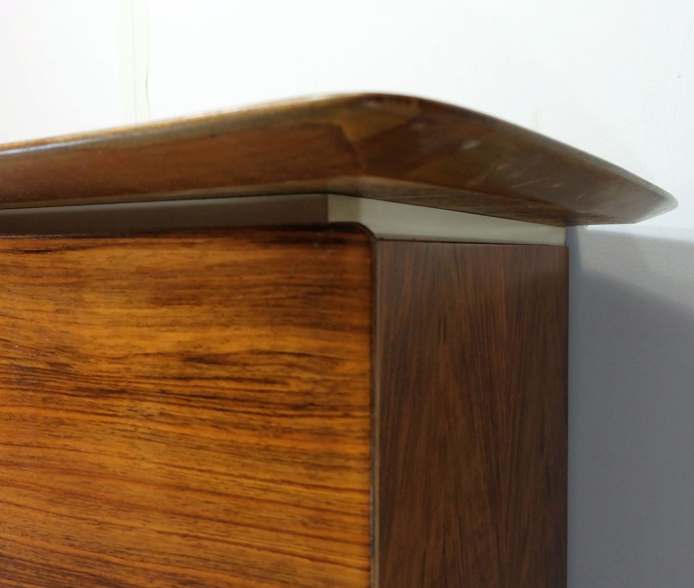 Mid century walnut white sideboard 1950s for sale at pamono for Sideboard 220 cm