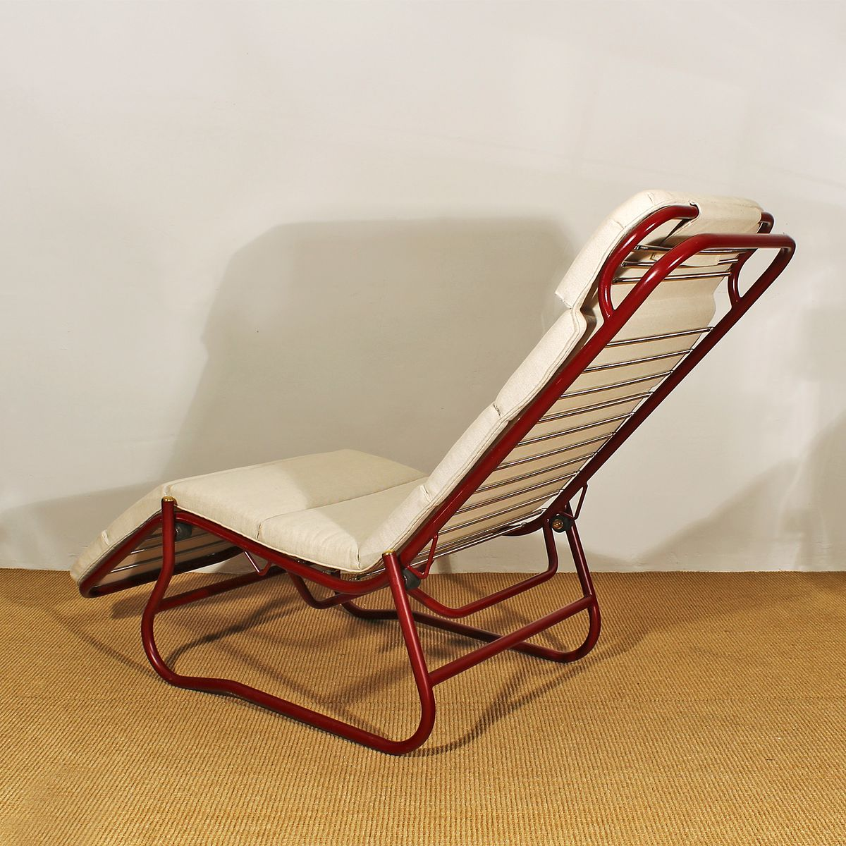 Vintage bauhaus style chaise longue 1920s for sale at pamono for Antique chaise longue for sale uk
