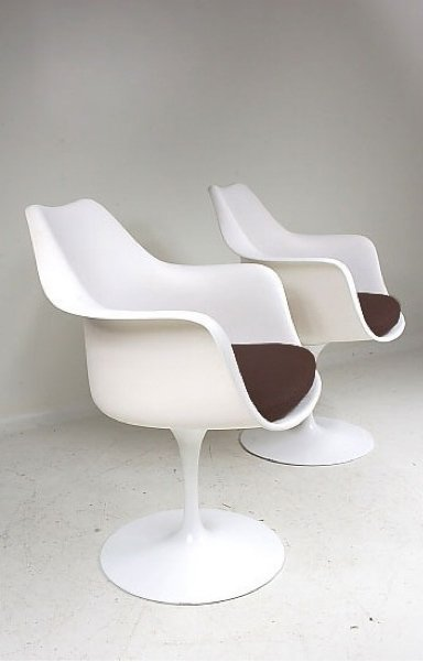 tulip chair by eero saarinen for knoll for sale at pamono. Black Bedroom Furniture Sets. Home Design Ideas