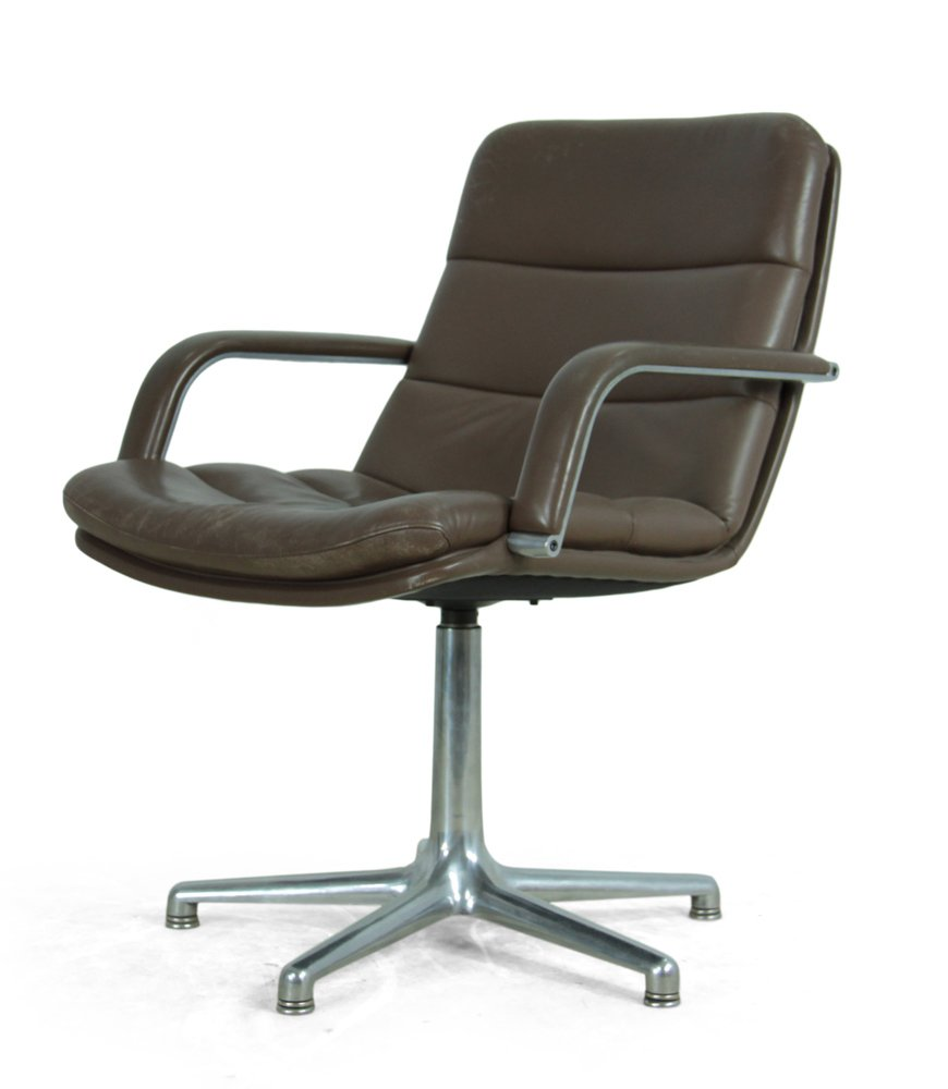 vintage schreibtischstuhl aus leder aluminium von artifort bei pamono kaufen. Black Bedroom Furniture Sets. Home Design Ideas