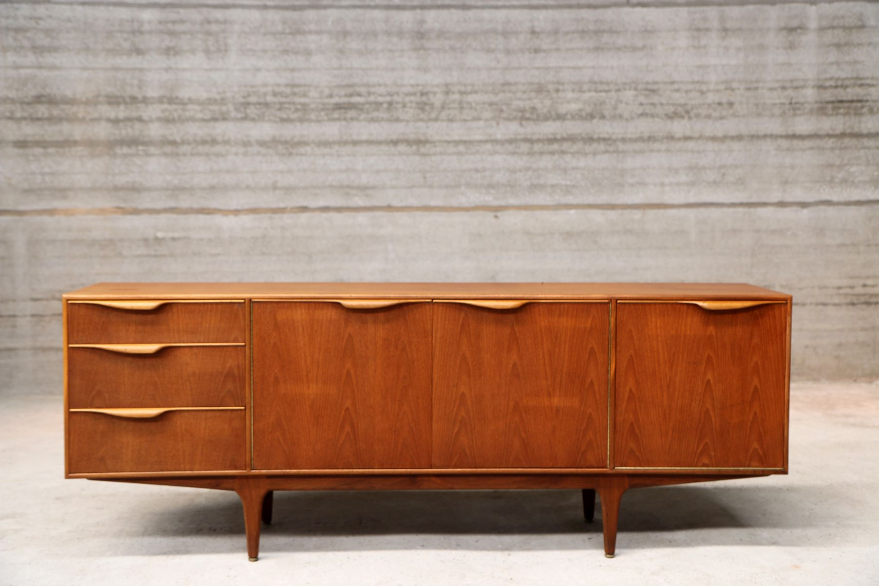 vintage teardrop handle sideboard for sale at pamono. Black Bedroom Furniture Sets. Home Design Ideas