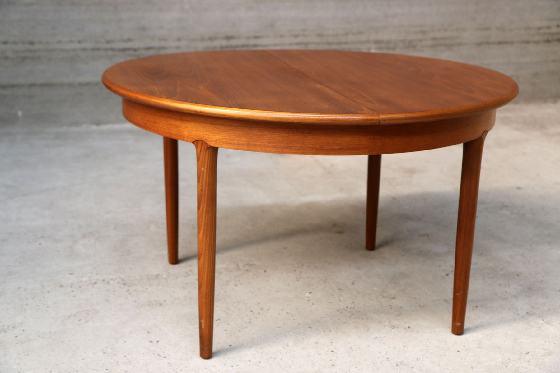 Table de salle manger extensible vintage scandinave en for Table a manger extensible scandinave
