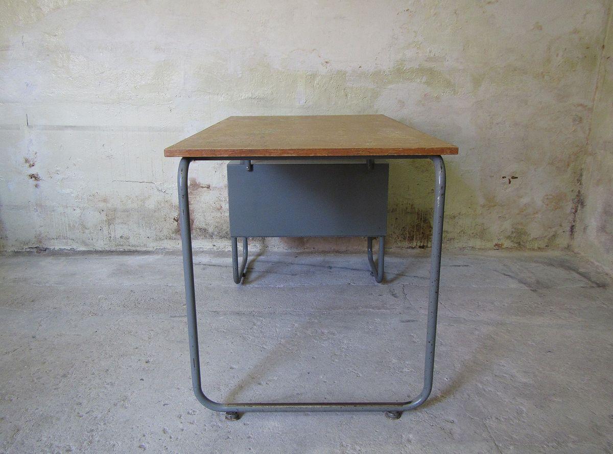 Industrieller belgischer metall schreibtisch 1960er bei for Schreibtisch metall