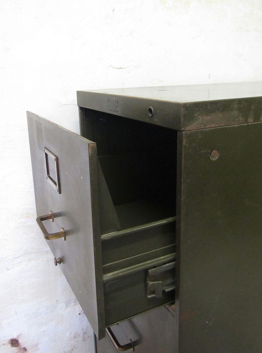 archiv schrank aus metall von gf allsteel 1940er bei pamono kaufen. Black Bedroom Furniture Sets. Home Design Ideas
