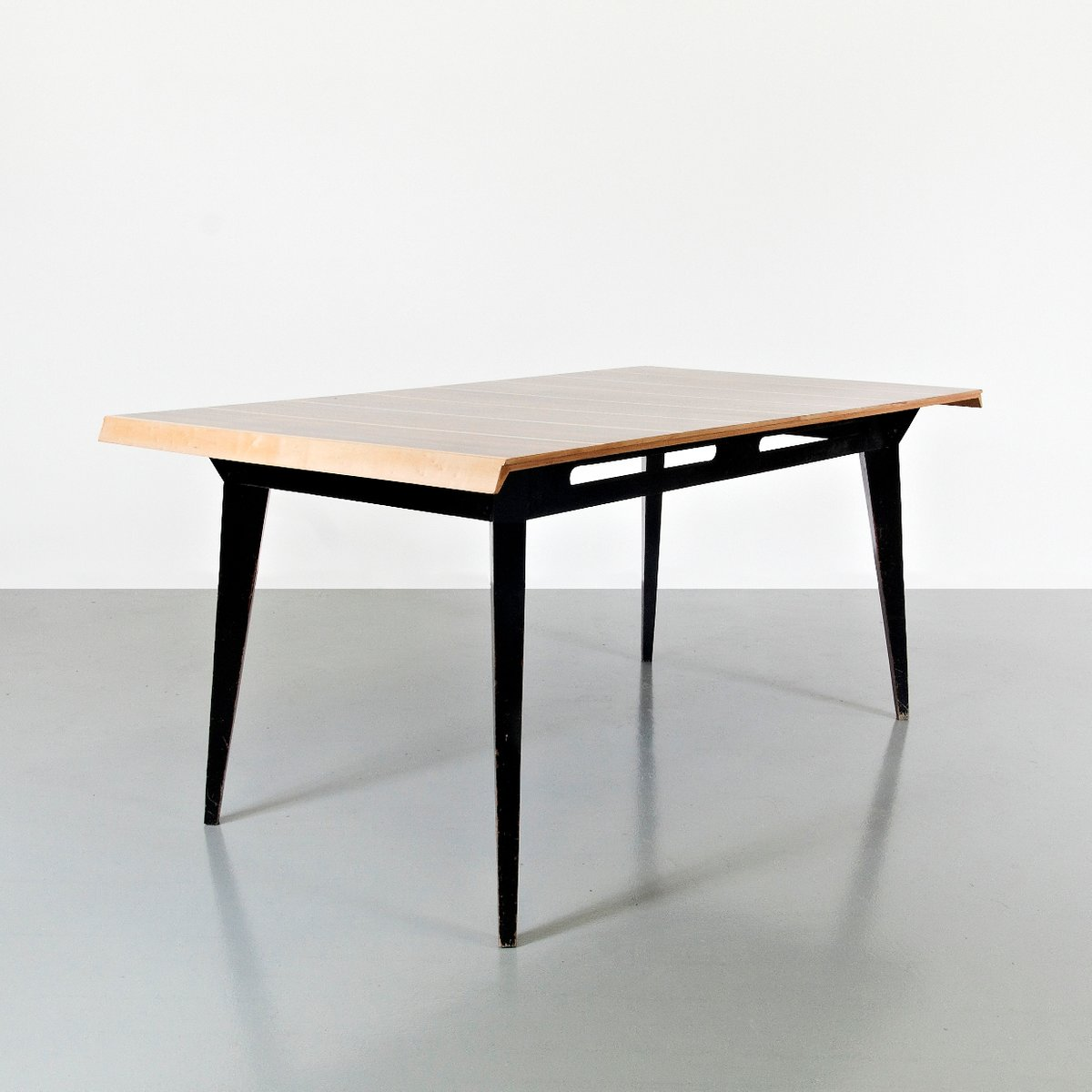 Dining Table By Robin Day For Hillie 1950s For Sale At Pamono