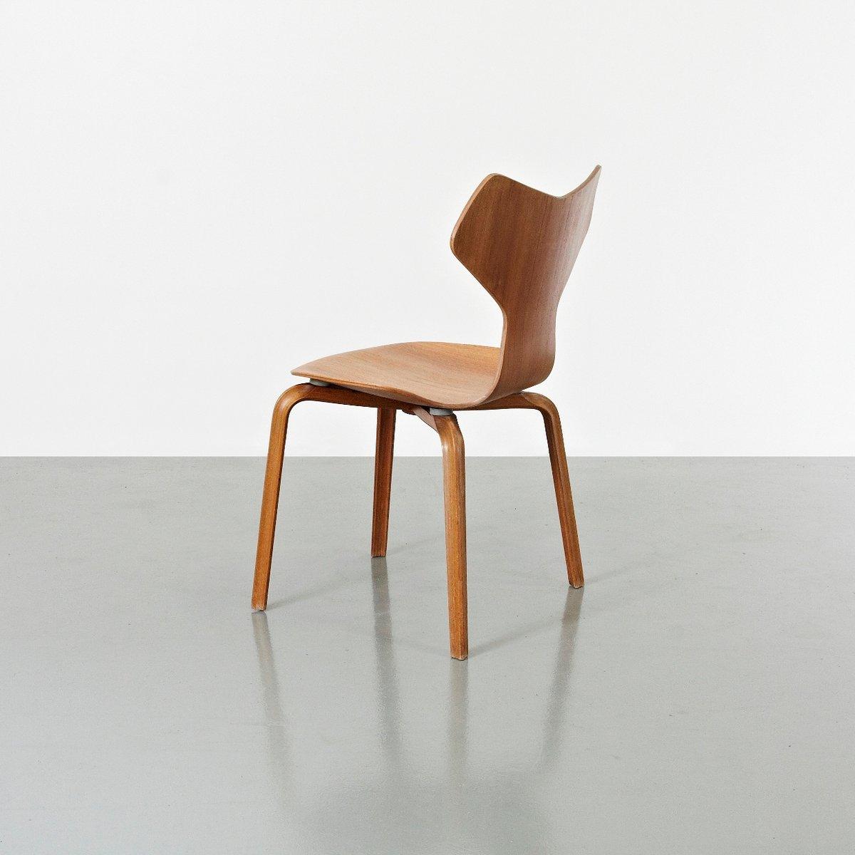 grand prix st hle von arne jacobsen f r fritz hansen 1957 2er set bei pamono kaufen. Black Bedroom Furniture Sets. Home Design Ideas