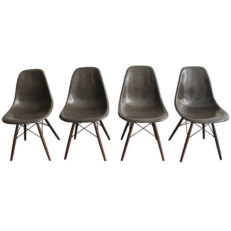 DSW Chair by Charles & Ray Eames for Herman Miller for