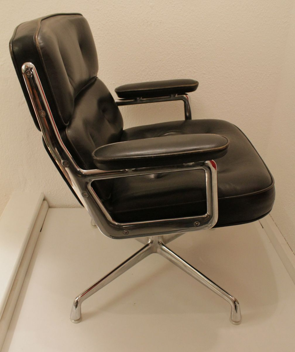 Lobby Chair By Charles Ray Eames For Vitra 1980s For Sale At Pamono