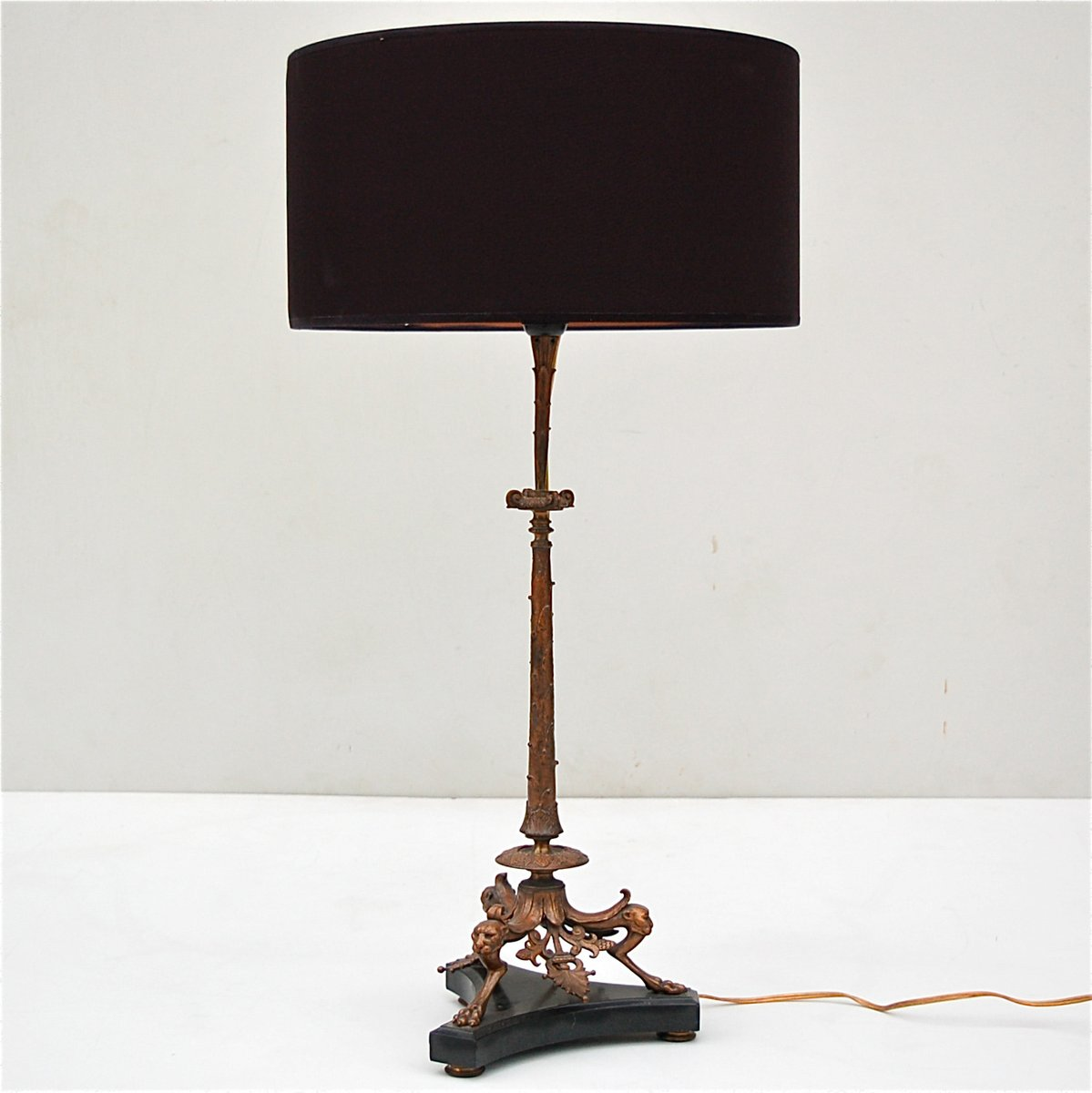 Bronze table lamp with panther heads on black marble base for Z gallerie century table lamp