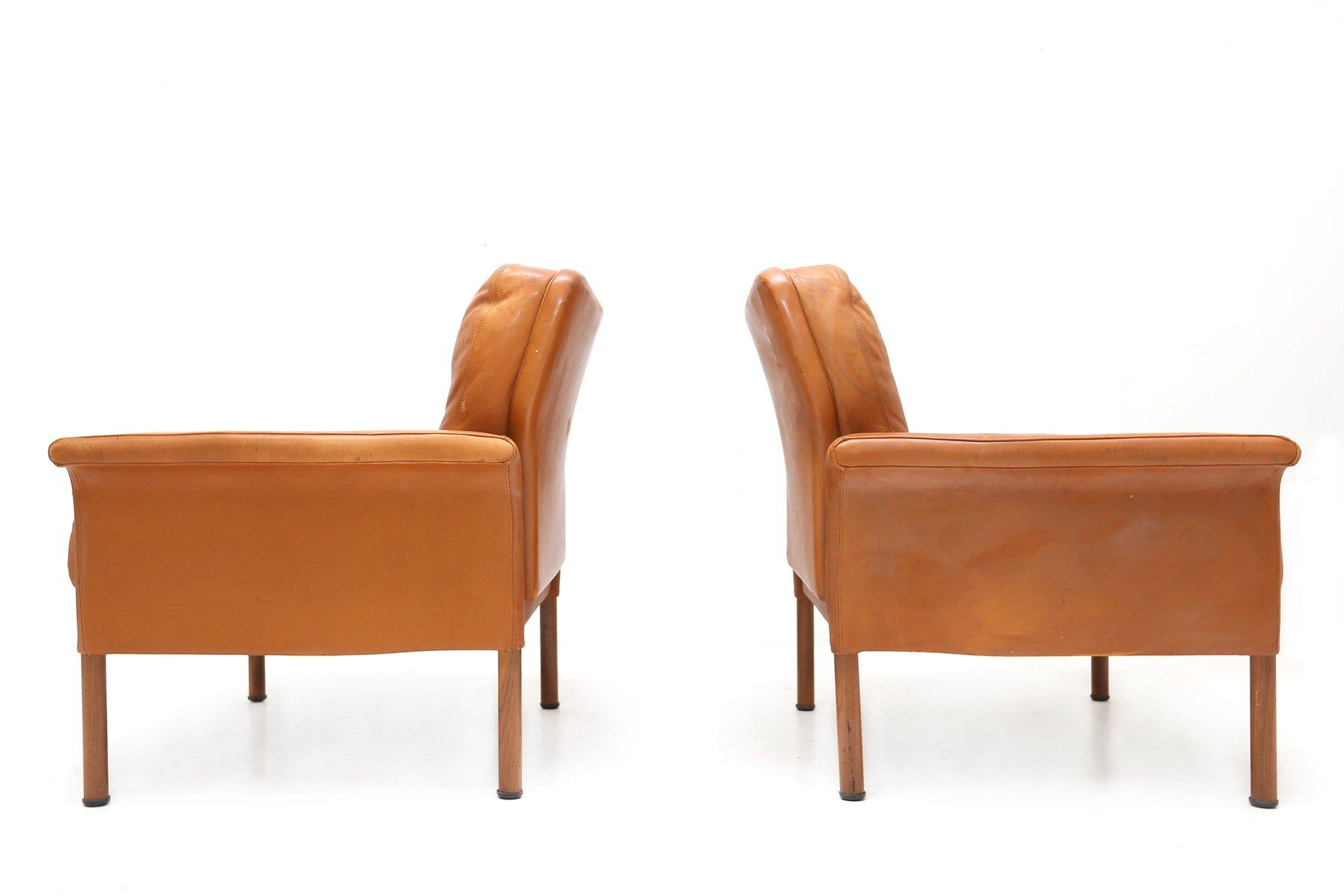 cognac ledersessel von wittmann 1960er 2er set bei pamono kaufen. Black Bedroom Furniture Sets. Home Design Ideas