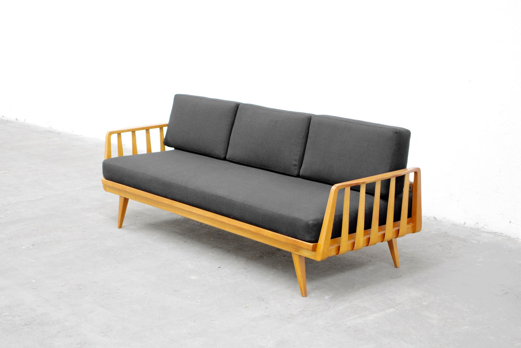 sofa daybed by walter knoll for knoll antimott 1950 for sale at pamono. Black Bedroom Furniture Sets. Home Design Ideas