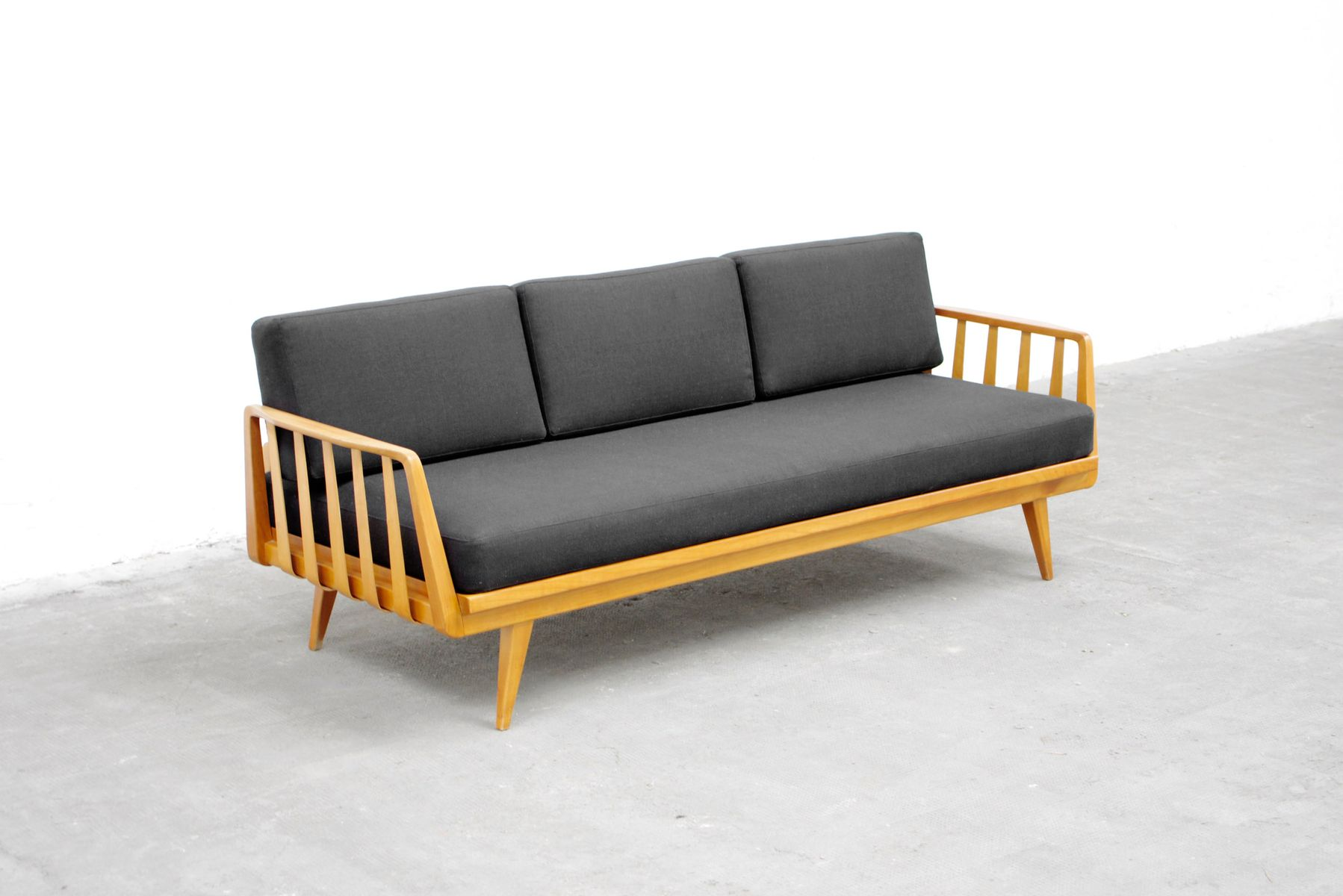 sofa liege von walter knoll f r knoll antimott 1950 bei pamono kaufen. Black Bedroom Furniture Sets. Home Design Ideas