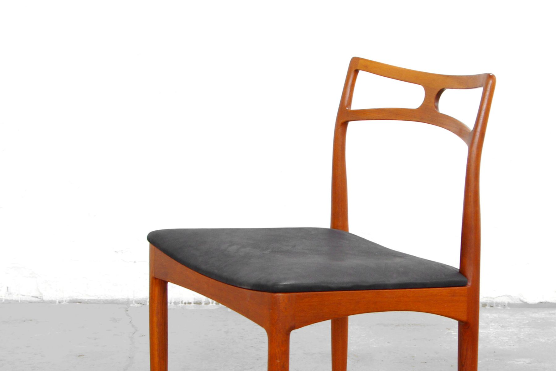 No 94 Teak Dining Chairs By Johannes Andersen For