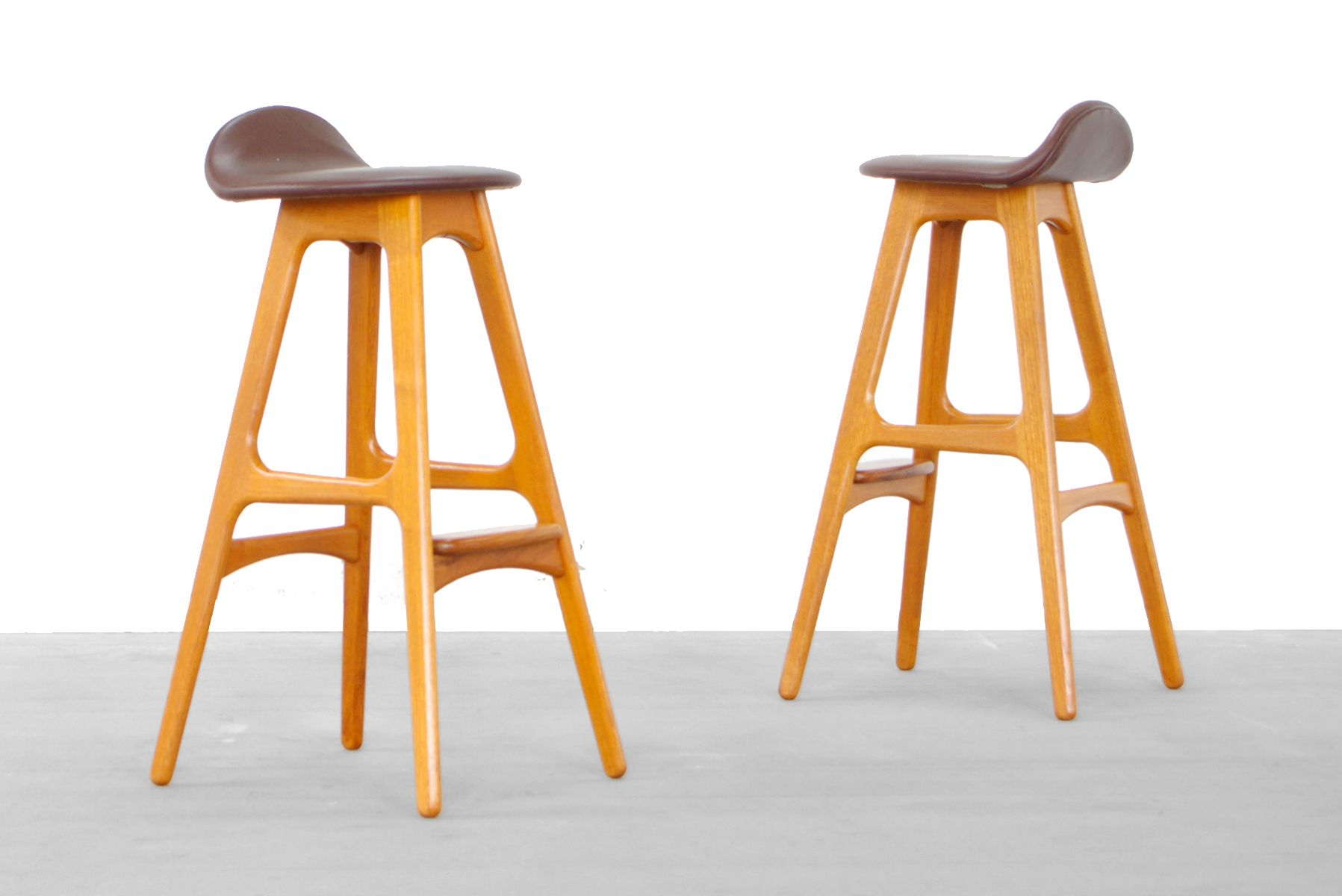 Mid Century Bar Stools by Erik Buck for Odense  : mid century bar stools by erik buck for odense maskinsnedker 1964 set of 2 from www.pamono.co.uk size 1797 x 1200 jpeg 79kB