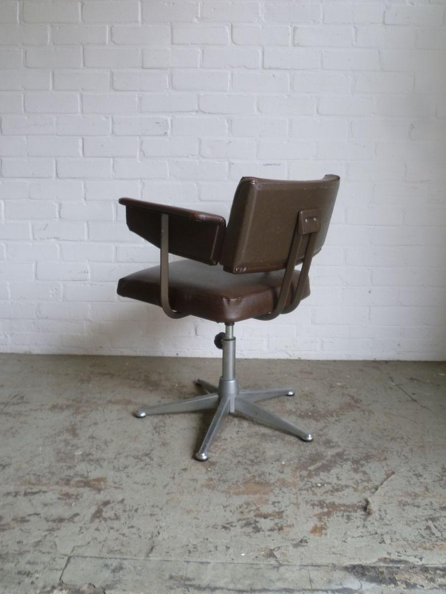 resolute schreibtisch stuhl von friso kramer f r ahrend de cirkel 1960 bei pamono kaufen. Black Bedroom Furniture Sets. Home Design Ideas
