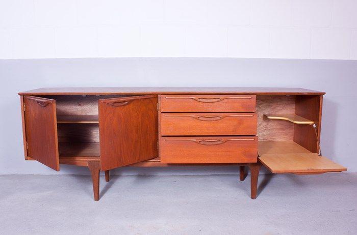 vintage sideboard aus holz schottland bei pamono kaufen. Black Bedroom Furniture Sets. Home Design Ideas