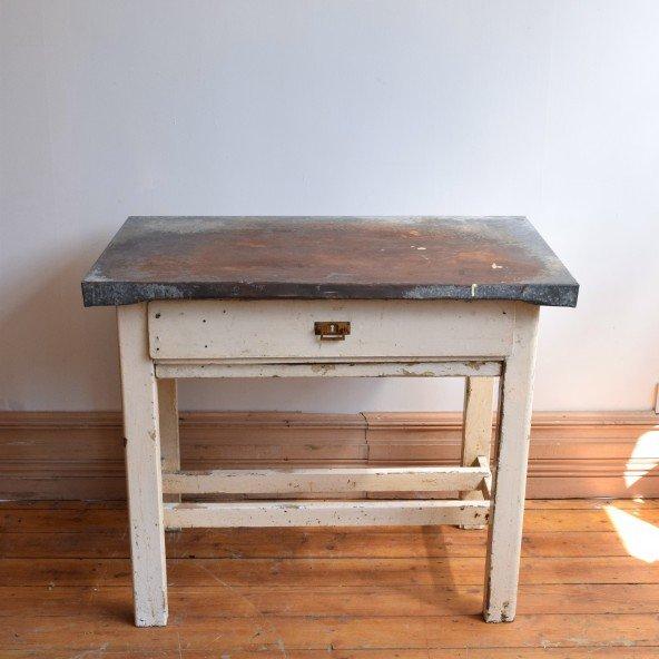 table antique en zinc en vente sur pamono. Black Bedroom Furniture Sets. Home Design Ideas