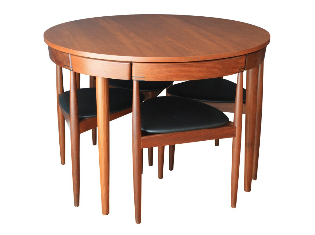 Extendable dining table with six chairs by hans olsen for for Table 6 chaises