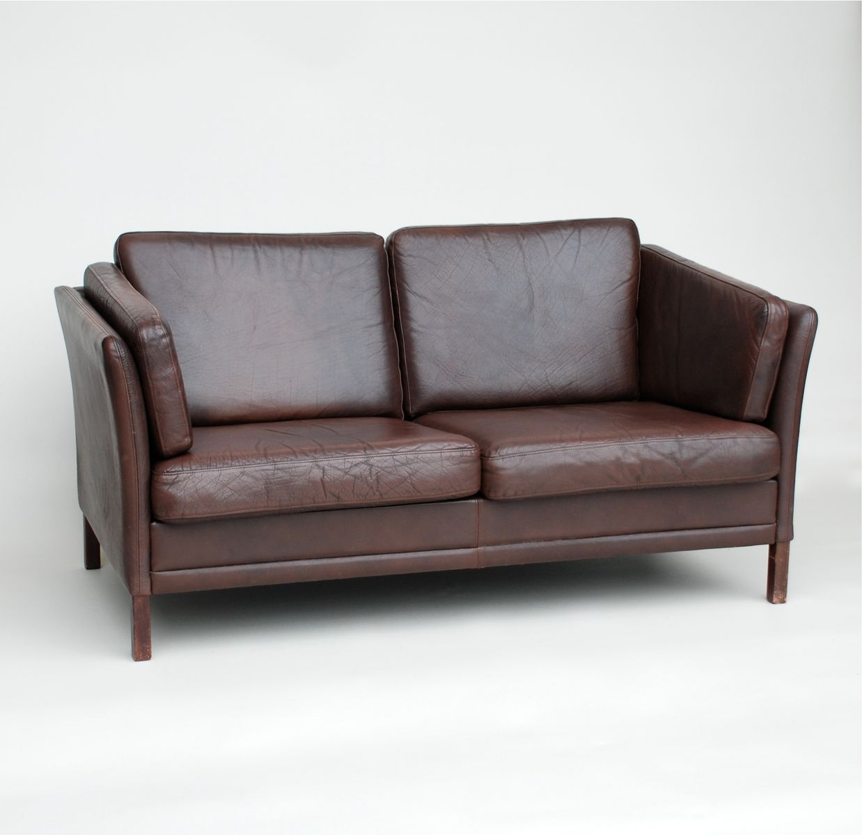 danish dark brown leather sofa 1970s for sale at pamono. Black Bedroom Furniture Sets. Home Design Ideas
